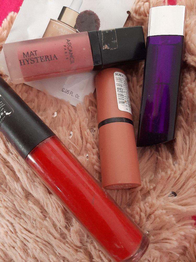 Lot de rouge à lèvres