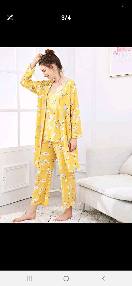 Pyjamas trois pièces