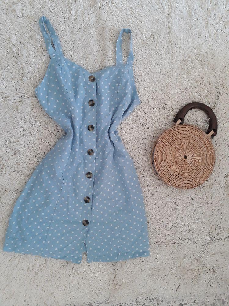 Petite robe bleu pastel