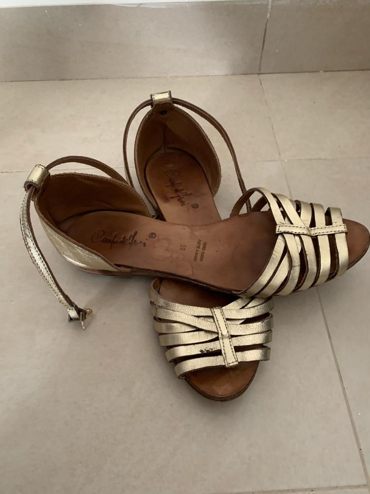 Sandales doré