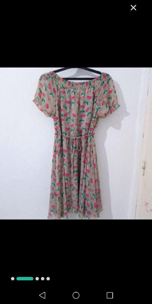 Très mignonne robe imprimée cerises avec doublure