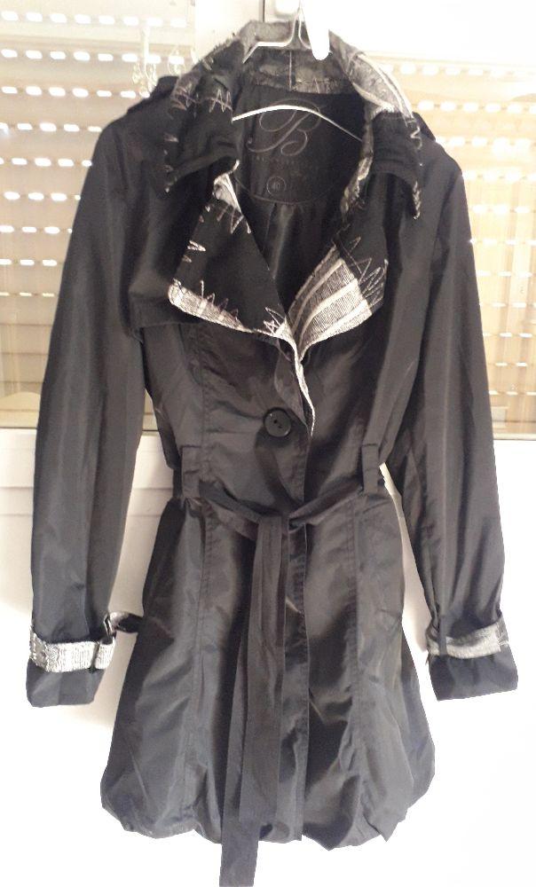 Trench coat noir imperméable avec détails en cachemire..marque B REAL Collection