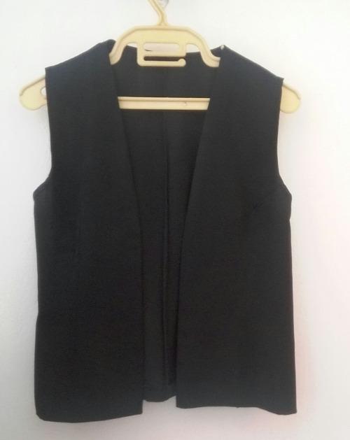 Sur chemise noir