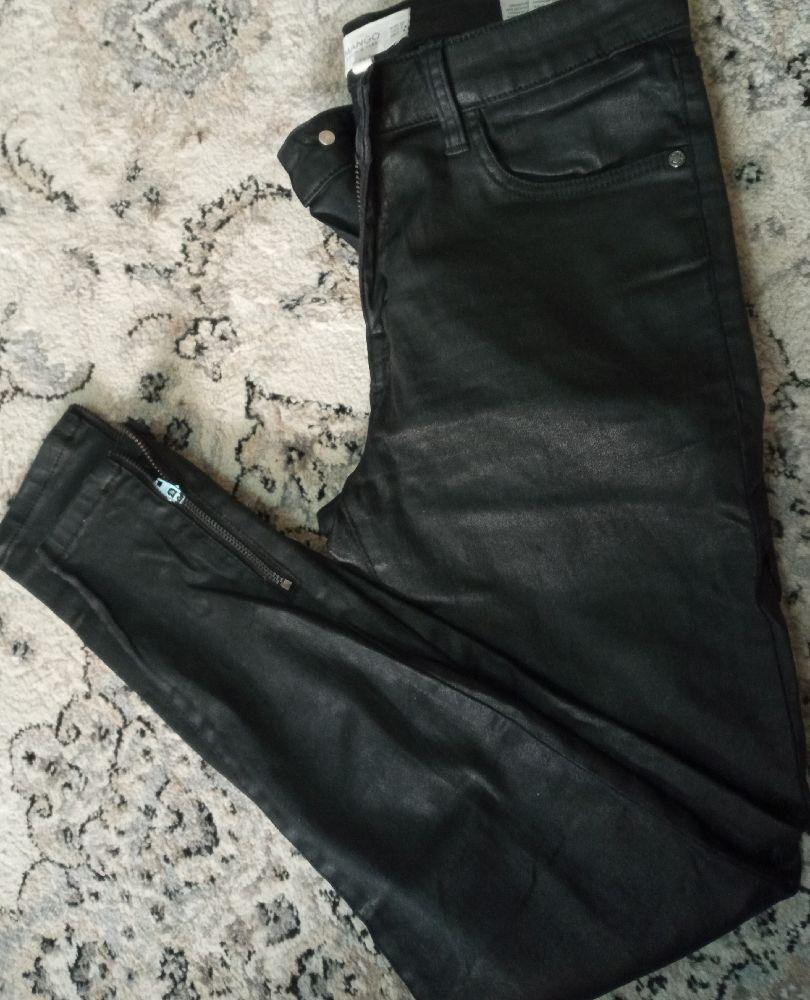 MANGO jean sKInny enduit noir