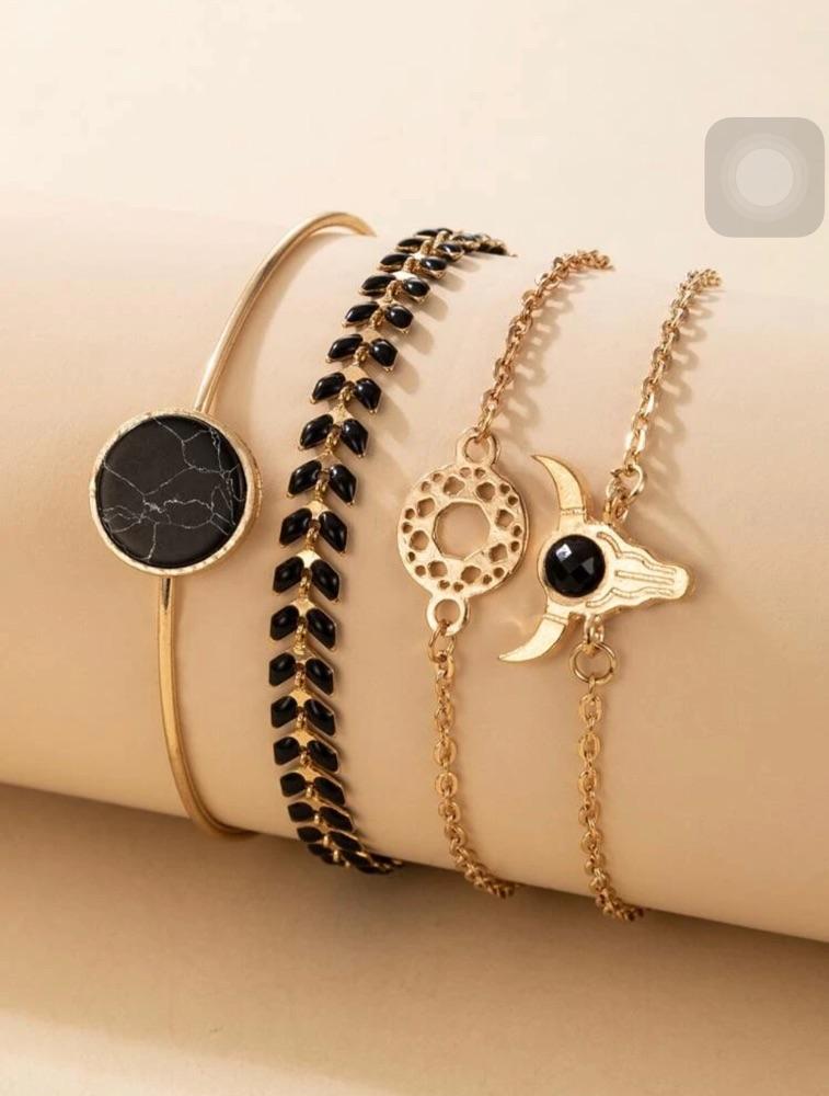 Lot de 4 bracelets tres chic