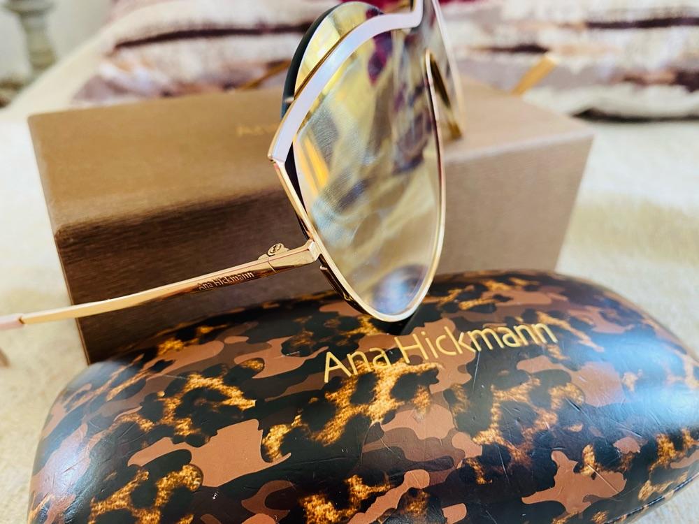 Jolie lunettes marque ana hichmann