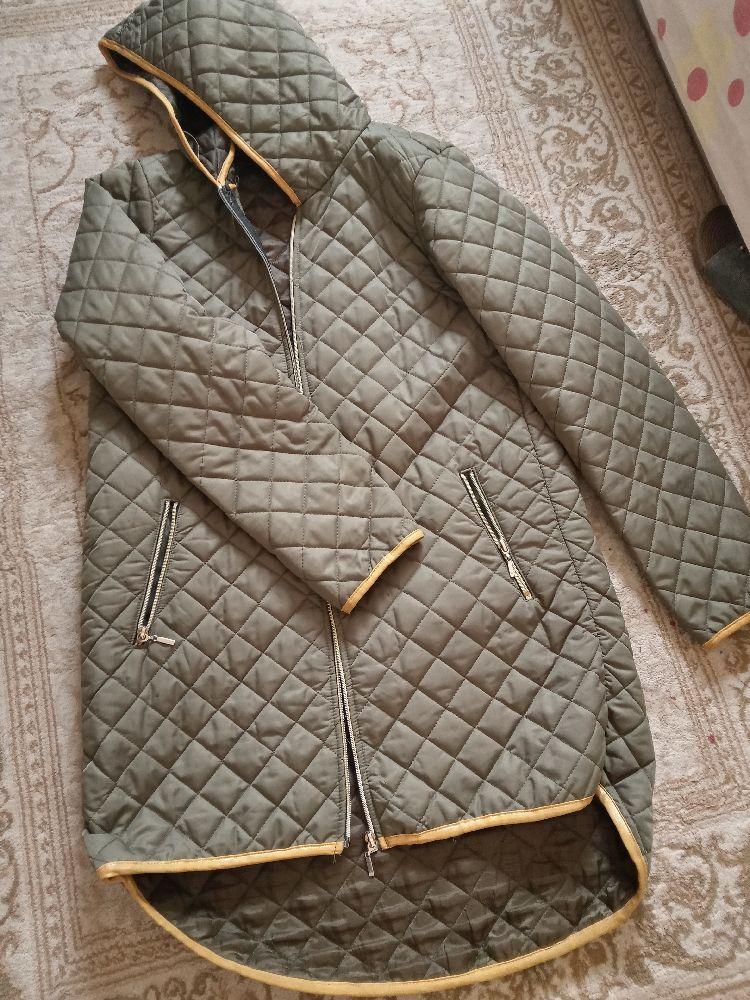 Longue manteau vert militaire etat neuf sport chic