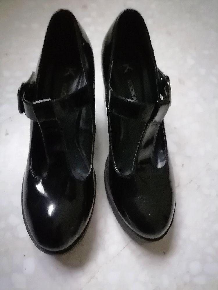 Escarpin noir taille 40