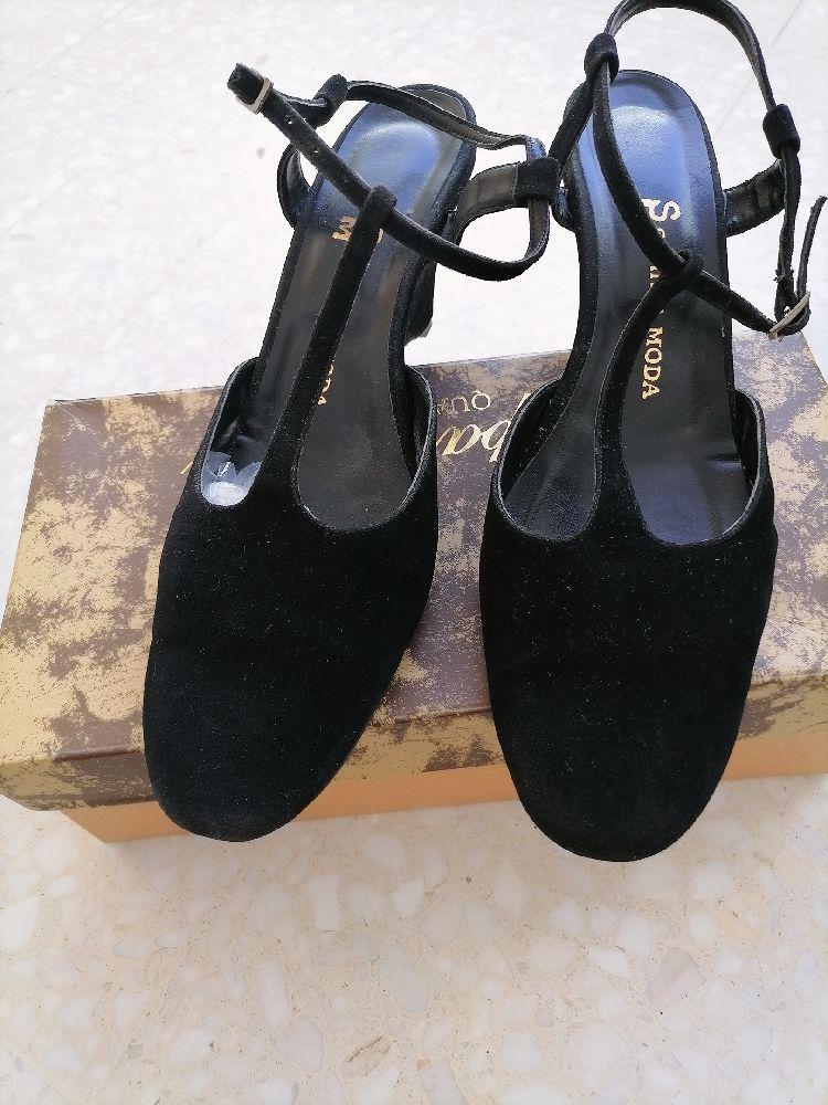 Sandale noir daim pointure 40