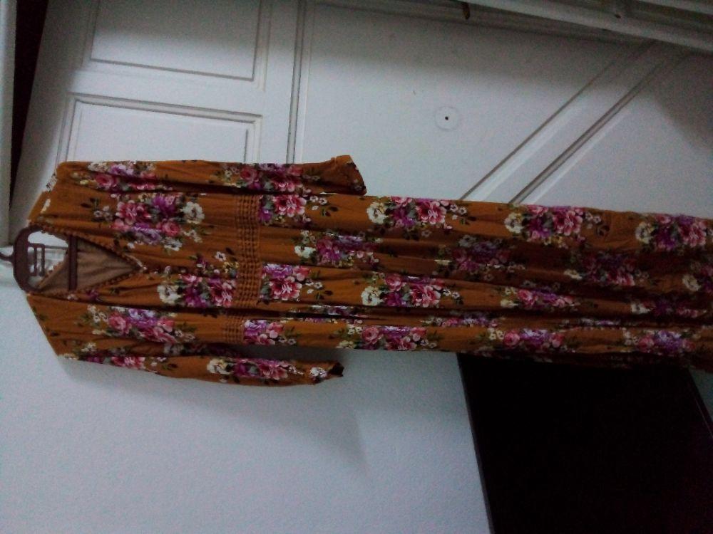 Robe longue en crepe georgette avec doublure