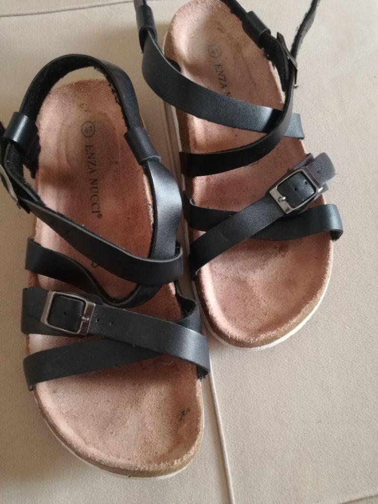 Sandelle confortable noir