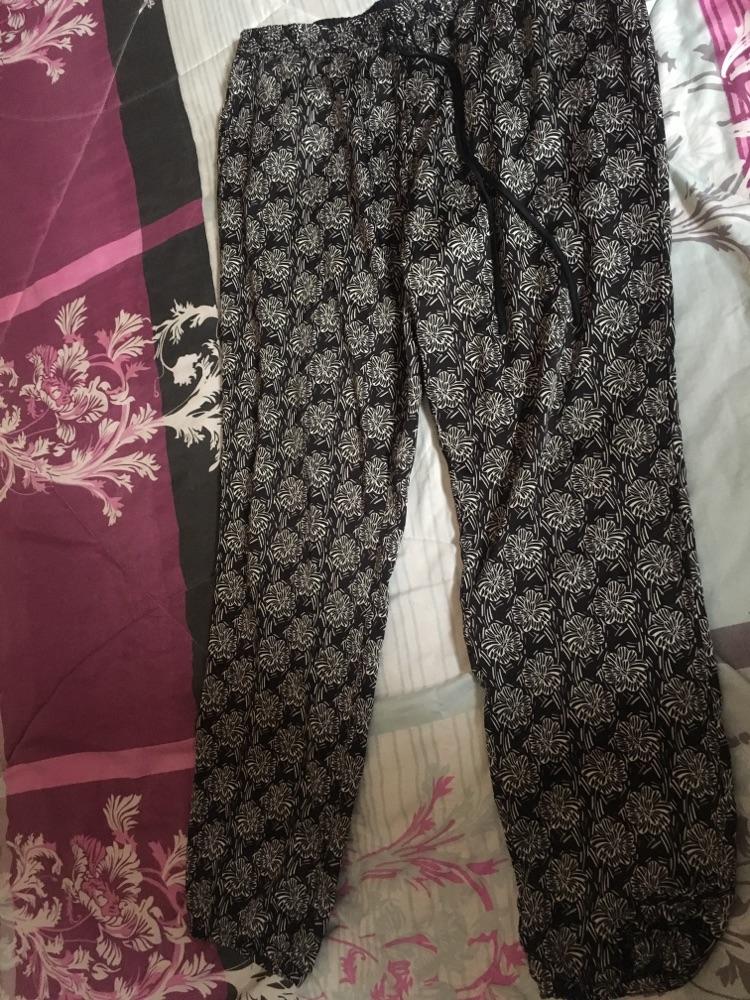 Un bas de pyjama taille L de la marque ETAM