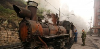 Chinas-steam-railway-takes-passengers-back-in-time
