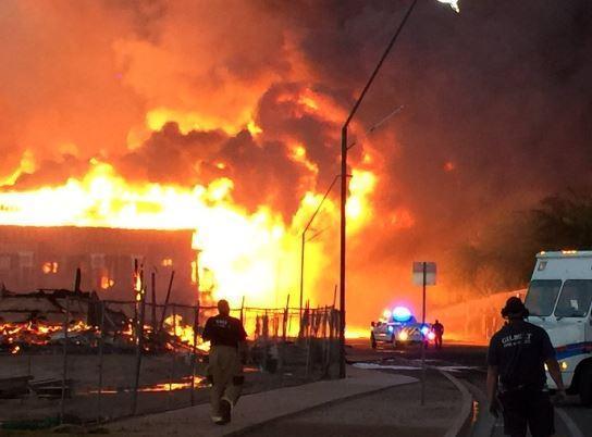 More-than-100-Arizona-firefighters-battle-apartment-blaze