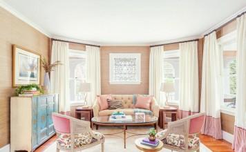 how-to-decorate-feminine-rose-quartz-peach-nude-pink-pastel-living-room-dining-room-grasscloth-stripe-pantone-2016-colour-trends-wallpaper-shop-room-ideas-blue-turquoise-dresser-tufted-sofa