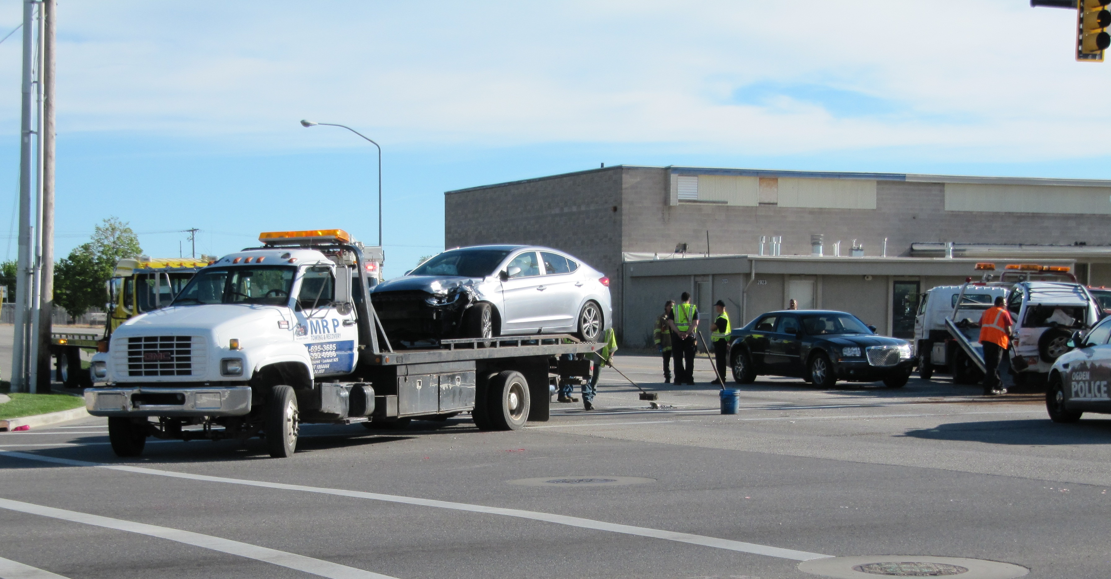 Critical injuries reported in 5-vehicle accident in Ogden