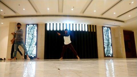 Har pal mujhko tadpata hai contemporary choreography