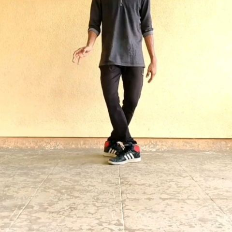 Hip Hop Footwork Move No 01