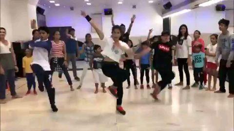 hi guys plz like my dance choreography by :- shrikhant ahrie
