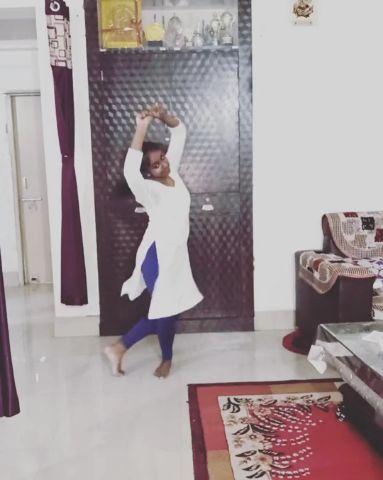 Bharatnatyam on humma song