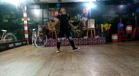 dance vibe asli he boss.....
