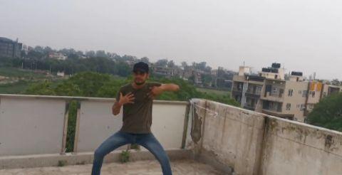 Raghupati Raghav | Hrithik Roshan | performed by mee...