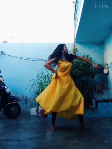 Semi classical choreography on yeh hassen vadiya by me.