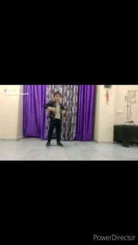 hi I m parth 7 year boy Im learning dance online I hope u will like it