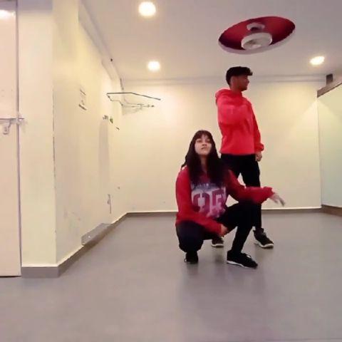 Garmi song /dance cover /zumba /choreograph by d_trix / street dancer...
