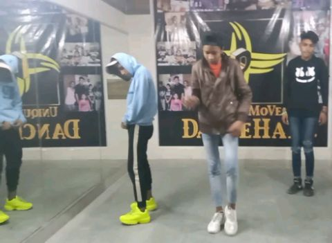 Gajab kamal   freestyle dance   VT brothers & Sushant K.