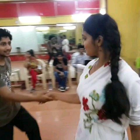 SAIRAAT Zaali ji.. JODI- Aarchi & Parshya, dancing on our choreography.
