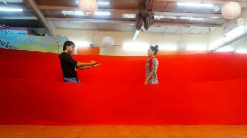 Romantic duet dance  Bahomein chale aao
