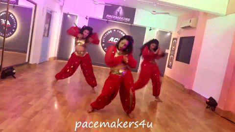 Saki Saki. Bollywood Dance by Kashmira, Manali & Harshita.