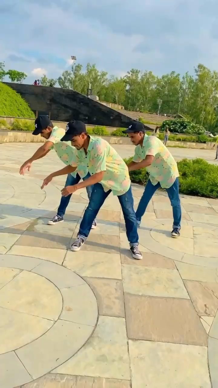 popping Dance Video Triplet Brothers Dance plus