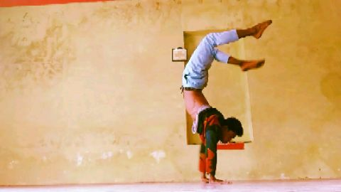 BACK to hand stand