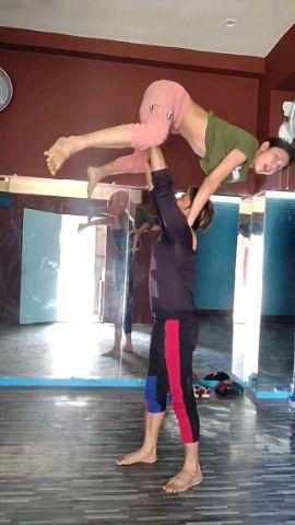 Amazing Act | Urooj & Swati