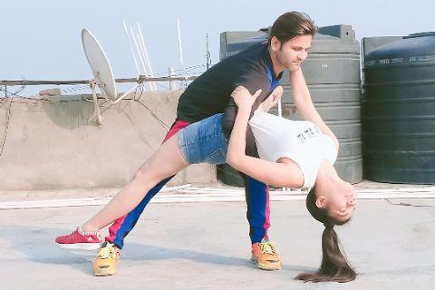 Pyaar ki Ye Kahani Suno | Urooj & Swati