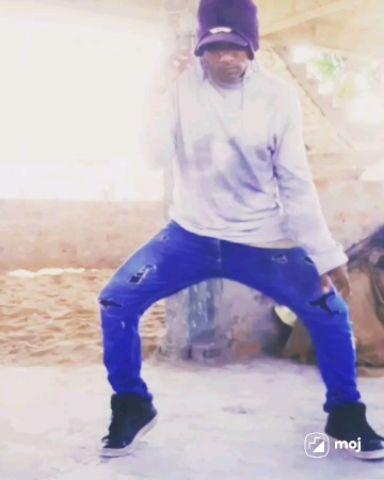 b-boying hip-hop