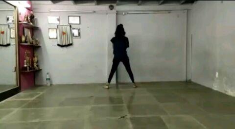 Bedardi Raja song Bollywood choreography