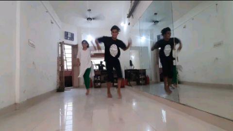 Locking Dance on You Are My Soniya