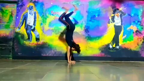 Vande mataram song . B boying dance please like karo