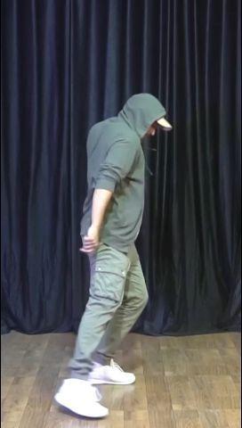 Heelein Toot Gayi DanceHook steps