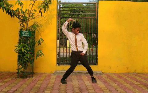 guys here is my new dance vedio i hope you all like it 😊🤟
