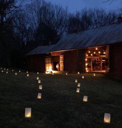 CandlelightTour2019.jpg