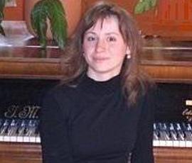 Liza Auvil.png