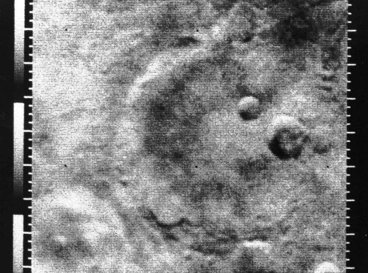 Image result for mariner 4 probe flies past mars
