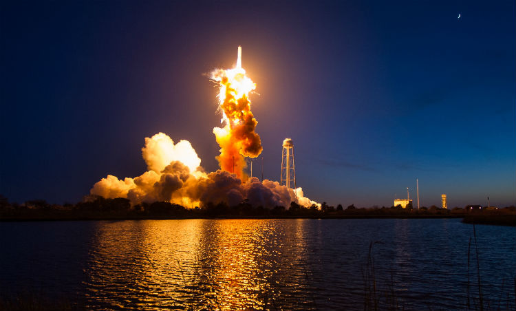 Antares rocket launch explosion