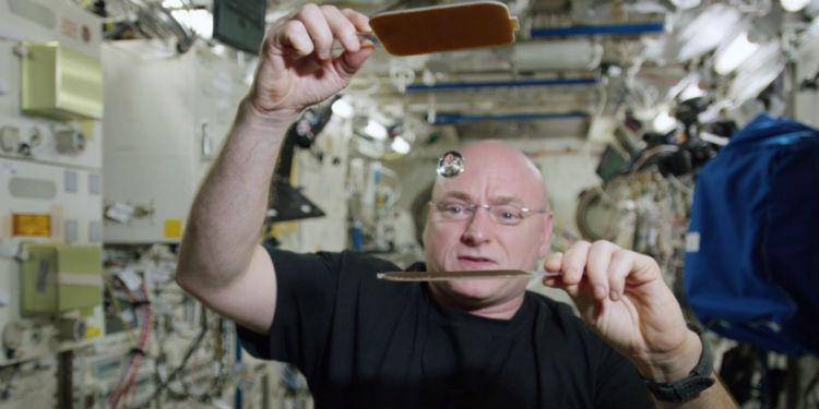 Scott Kelly Microgravity
