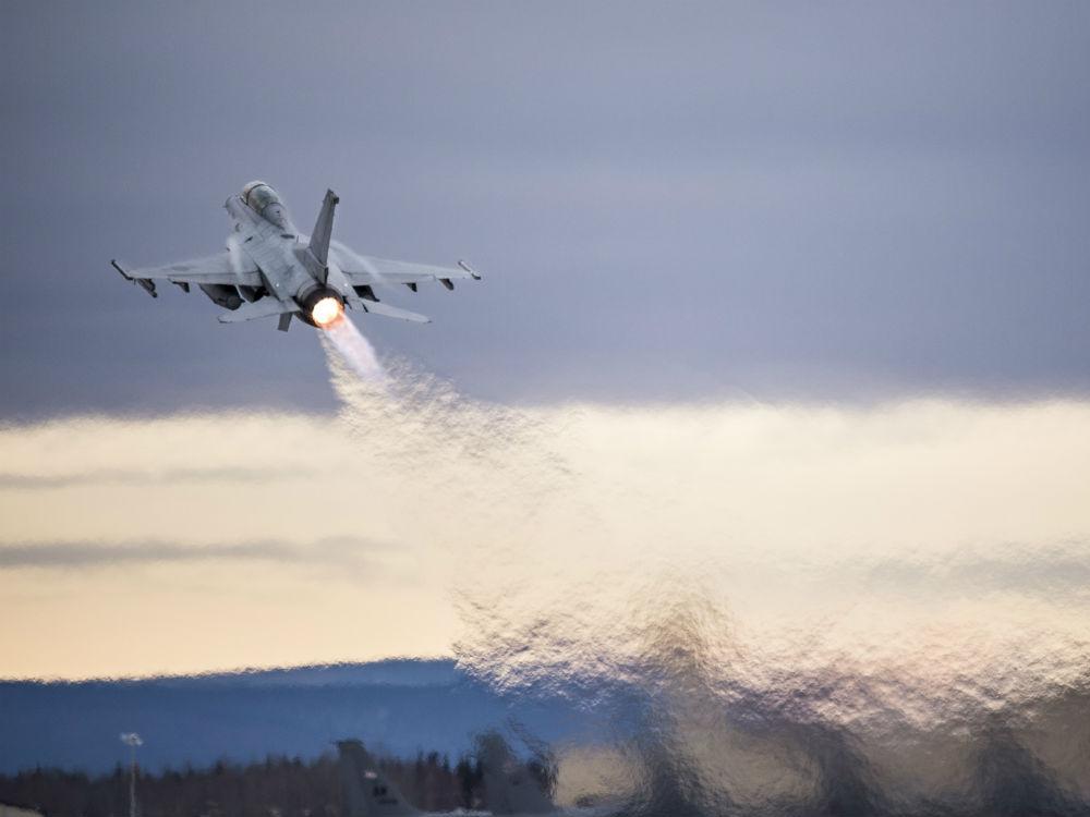 Fighter Jet Takeoff