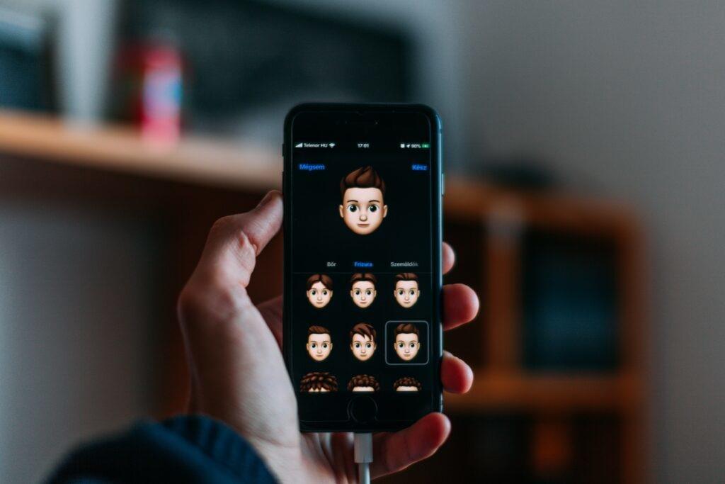 戴口罩解锁Face ID变方便了!果粉们快更新iOS 13.5